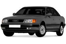 Audi 100 com fundo branco