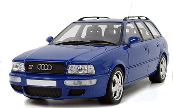 Audi RS2 com fundo branco