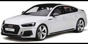 Audi RS5 fundo branco