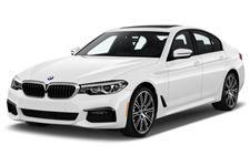 BMW Série 5 com fundo branco