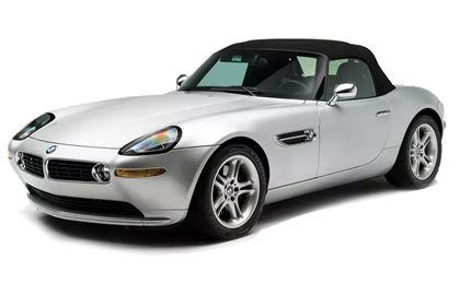 BMW Z8 com fundo branco