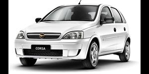 Chevrolet Corsa fundo branco