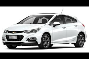 Chevrolet Cruze Hatch com fundo branco
