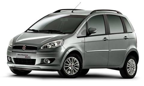 Fiat Idea com fundo branco