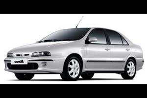 Fiat Marea com fundo branco