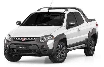 Fiat Strada com fundo branco