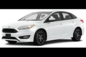 Ford Focus Sedan fundo branco