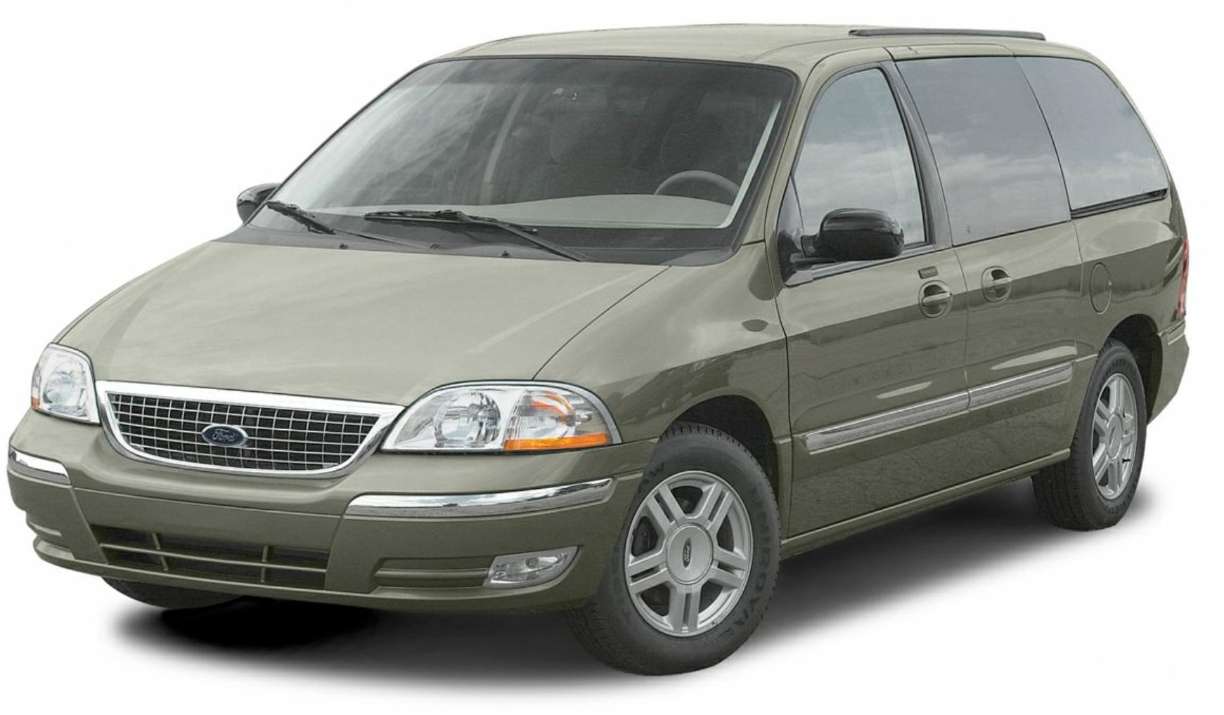 Ford Windstar com fundo branco