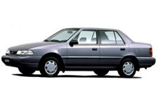Hyundai Excel com fundo branco