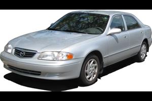 Mazda 626 com fundo branco