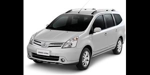 Nissan Grand Livina fundo branco