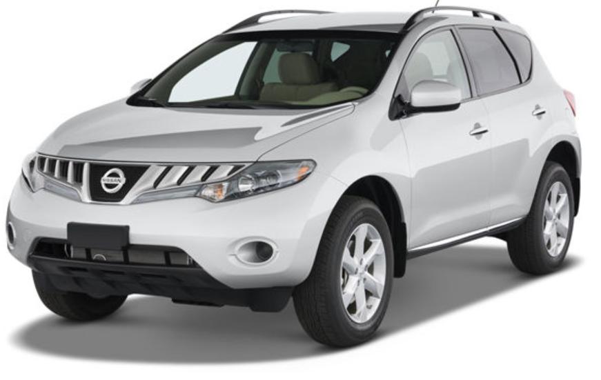 Nissan Murano com fundo branco