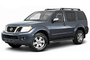 Nissan Pathfinder com fundo branco