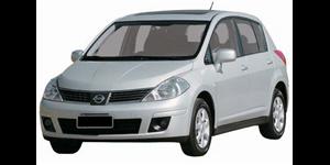 Nissan Tiida fundo branco