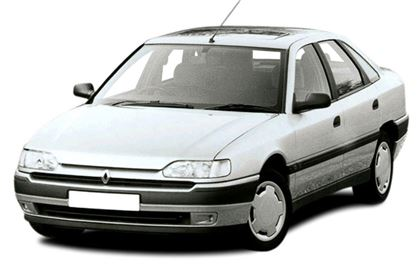 Renault Safrane com fundo branco