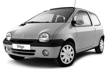 Renault Twingo com fundo branco