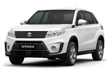 Suzuki Vitara com fundo branco