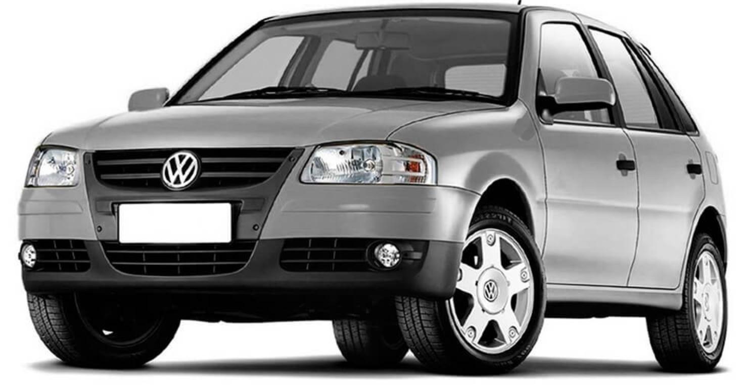 Volkswagen Gol G4 com fundo branco