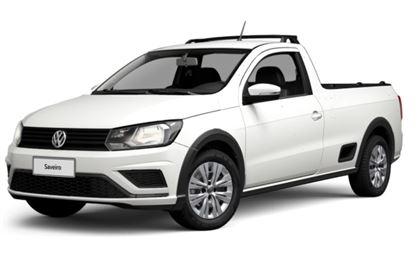 Volkswagen Saveiro com fundo branco